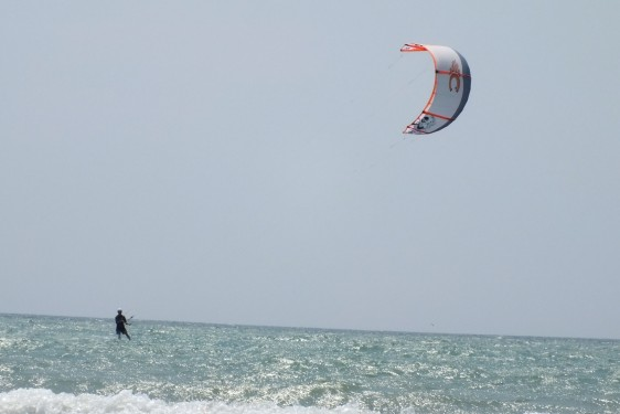 Can kiteboarding help us build the community of tomorrow?